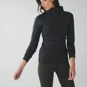 Lululemon In Flux Reversible Wateproof Jacket 6